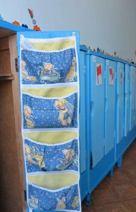 На шкафчики в детском саду карман сшить